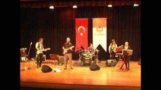SESSİZ GEMİ -MUTLU YULUĞ [SEYYAH 2011-Cem Karaca K. M. Konseri]