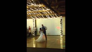 Funny first dance! - I'm an albatraoz