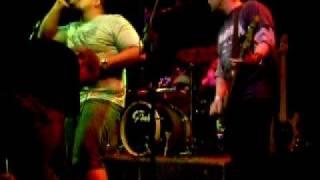 Raimundos - Bonita (Live Hangar 110) 20-07-08