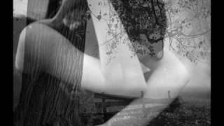Domenico Modugno - La Distancia es como el viento