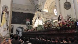Entrada de la procesión de la Festividad de la Rosa 2017.