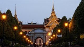 Visiting the Grand Palace   Bangkok Travel