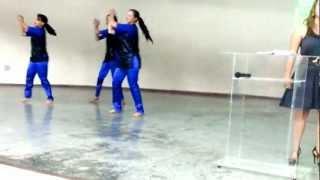 Coreografia Dançar na Chuva- Fernandinho