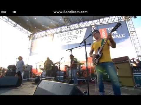 modest-mouse-st-in-your-cut-live-us-open-part-6-of-14-modestmouse-usopenofsurfing
