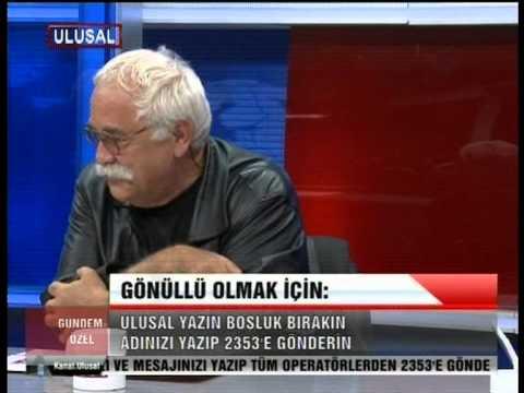 """Levent Kırca:""""Ahmet Hakan'ın yazısını her oyunumda 3000 kişi yuhluyor!"""""""