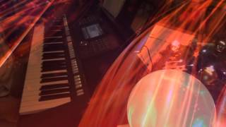 Yamaha PSR S970 / Tyros with Rocken Roll is King- vocal cover