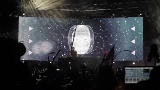 Tiesto @ Electric Forest Festival 2011 [720p] - House Music by Benny Benassi