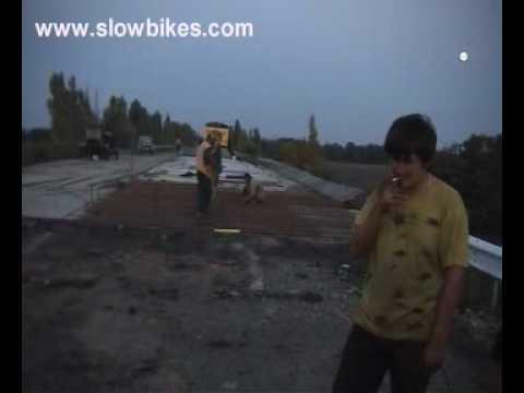 UK to Australia Solo Vid 7 (Ukraine Road workers)