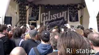 Robots Rock! - Robot band Compressor Head does AC/DC,Motorhead and Zeppelin