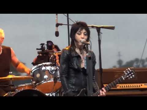 joan-jett-and-the-blackhearts-bad-reputation-and-cherry-bomb-live-in-san-diego-7-3-13-therealconcertking