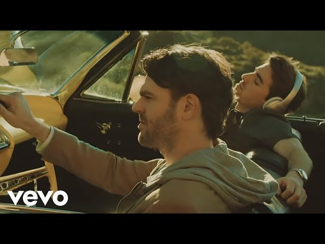 "Video oficial de ""Don't let me down"" de The Chainsmokers feat Daya"