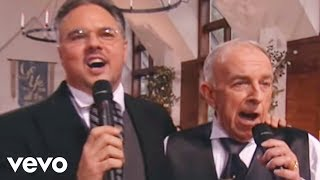 Bill & Gloria Gaither - The Church in the Wildwood [Live]