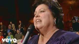 Sue Dodge - There Shall Be Showers of Blessing [Live]