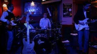 Shuffling Blues Juniors - live @ Elefánt Söröző 2012.11.23. (1080p)