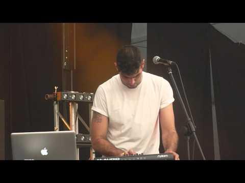 daughn-gibson-tiffany-lou-live-resourcefull7