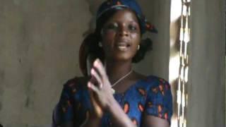 Ivoirian lady singing