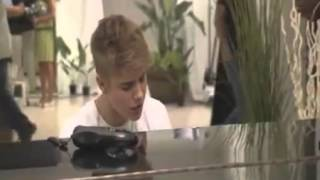 "Exclusive Justin Bieber ""Let It Be"" - Backstage X Factor US 2012"