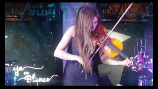 Espectacular presentación Musical Hoja en Blanco 3