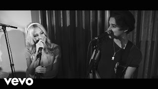 Pixie Lott - Nasty / Live In The Studio ft. The Vamps