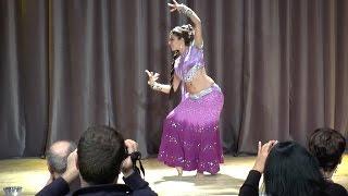Apprendre la Danse Indienne Bollywood à Bayonne et Biarritz avec Kiya - Ajaa Nachle width=