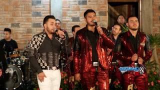 Kevin Ortiz Ft. Banda Renovacion - Flor Hermosa (En Vivo 2017)