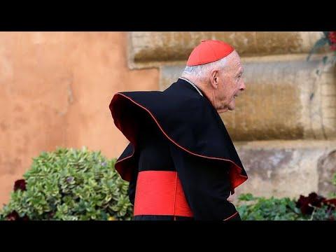 Курия готовит вердикт по делу кардинала-растлителя photo