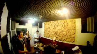 Titanium (David Guetta) - Reggae Version - Cover by SoulHappy