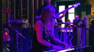 "Corinna Jane performing ""Floodlights"" edit 1"