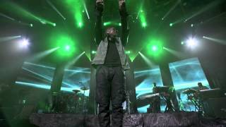 Usher - Yeah (Live at iTunes Festival 2012)