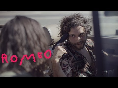thiago-pethit-romeo-official-music-video-thiago-pethit