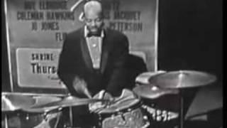 Oscar Peterson Trio - C Jam Blues (HQ).mp4