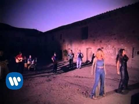 ella-baila-sola-y-quisiera-official-music-video-ella-baila-sola-catalogo