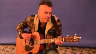 Asaf Avidan - Love It Or Leave It - live nella redazione di Sorrisi a Sanremo