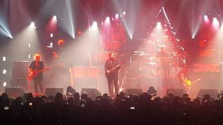 """The Cure """"Lovesong"""" - LIVE - New Orleans, LA (5/10/2016) Tour 2016"""