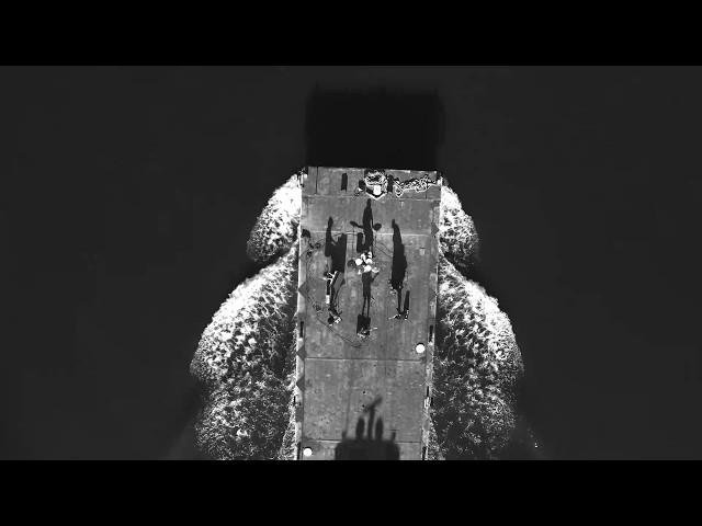 """Vídeocip oficial de la canción """"Pain"""" de The War On Drugs."""