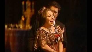 Renata Scotto & Jose Carreras in La Traviata (vaimusic.com)