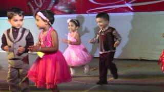 Aditi's First Stage Performance | Phoolon Ka Taron Ka Kehna Hai