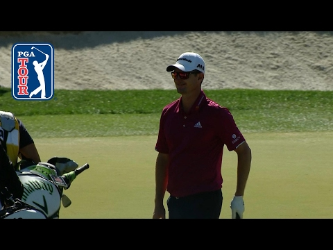 Justin Rose makes chipping look easy at Shell