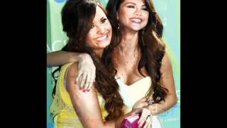 Demi Lovato + Selena Gomez Gift of a friend