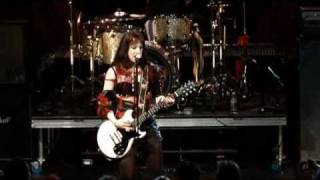 Halestorm - Better Sorry Than Safe (Live in Philly)