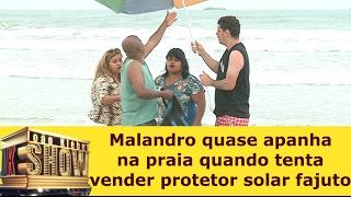 Malandro quase apanha na praia quando tenta vender protetor solar fajuto