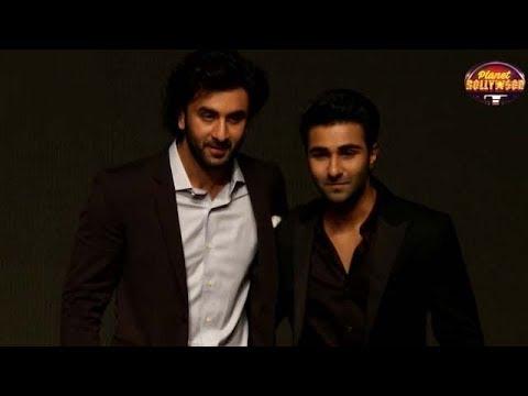 Ranbir Kapoor Gets Uncomfortable With Ameesha's Over-friendly Behavior | Bollywood News