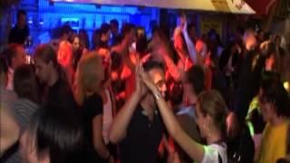 Party Deejays - Wir sind eine große Familie (Official Music Video)