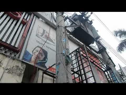 Bangladesh Dhaka Vapa Pitha Rice Cake street kitchen Bangladesh tourism travel guide