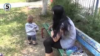 Мајка на пет деца остана на улица и без пари за леб