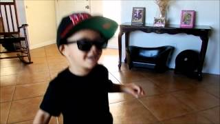 Nicki Minaj - Beez In The Trap (Clean) (2 year old singing chorus)