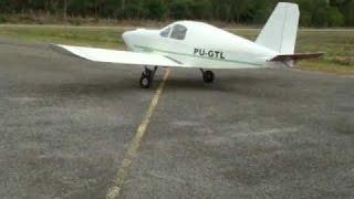 Avião Fabricado com motor de Santana 2.0  em Baixo Guandu -ES.