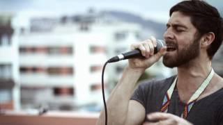 Mateo Kingman + Guanaco MC - Mi Pana en vivo | Mural x Apitatan
