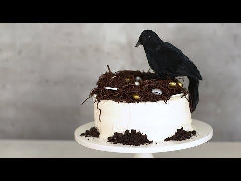 Raven?s-Nest Cake- Sweet Talk with Lindsay Strand