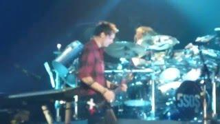 5 Seconds Of Summer - Jet Black Heart (Live Sheffield)